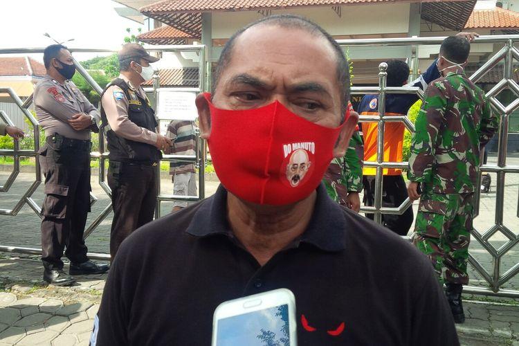 Wali Kota Solo, FX Hadi Rudyatmo ditemui di Graha Wisata Niaga Solo, Jawa Tengah, Minggu (26/4/2020).