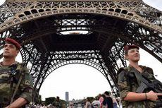 Tiga Pencari Suaka dari Tunisia Perkosa Gadis Perancis di Menara Eiffel