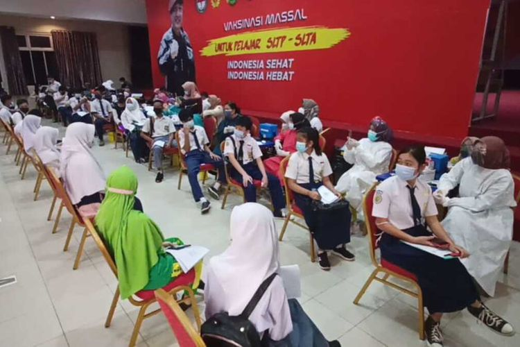 4.784 Pelajar SLTP dan SLTA se Batam Jalani Vaksinasi yang Dilakukan BIN Kepri