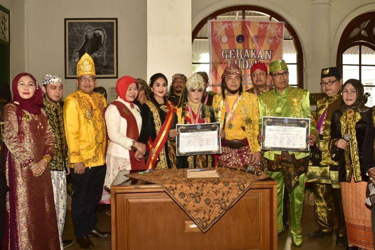 Cendekiawan Keraton Nusantara