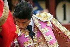 Matador Profesional Tewas Tertancap Tanduk Banteng