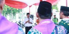 Hendrar Prihadi Berangkatkan Calon Jamaah Haji
