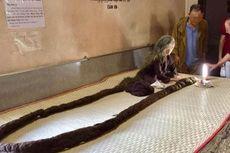 Tidak Dipotong dan Tidak Keramas Selama 64 Tahun, Rambut Nenek Ini seperti Ular Piton