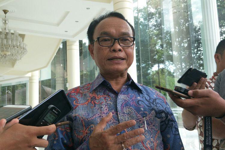 Presiden Institut Otonomi Daerah Djohermansyah Djohan di Kantor Wapres, Jakarta