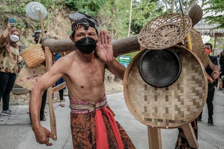 Desa Wisata Sangiran di Kabupaten Sragen, Jawa Tengah.