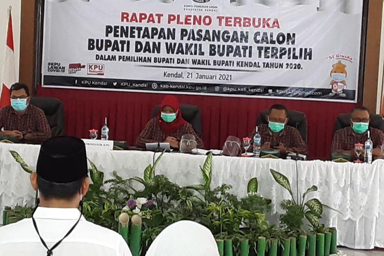 Rapat Pleno Terbuka KPUKendal. KOMPAS.COM/SLAMET PRIYATIN