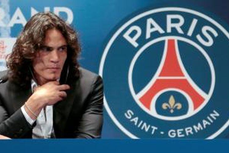 Striker baru Paris Saint-Germain, Edinson Cavani.