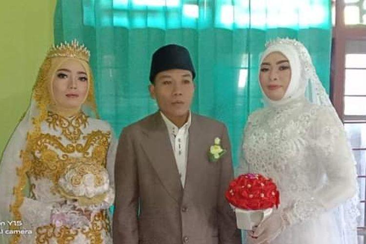 Acara akad nikah Saeful dengan dua istrinya