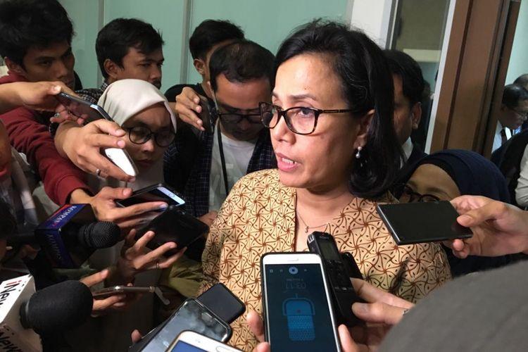Menteri Keuangan Sri Mulyani Indrawati usai rapat dengan Komisi XI di gedung Nusantara I DPR RI, Senin (2/7/2018).
