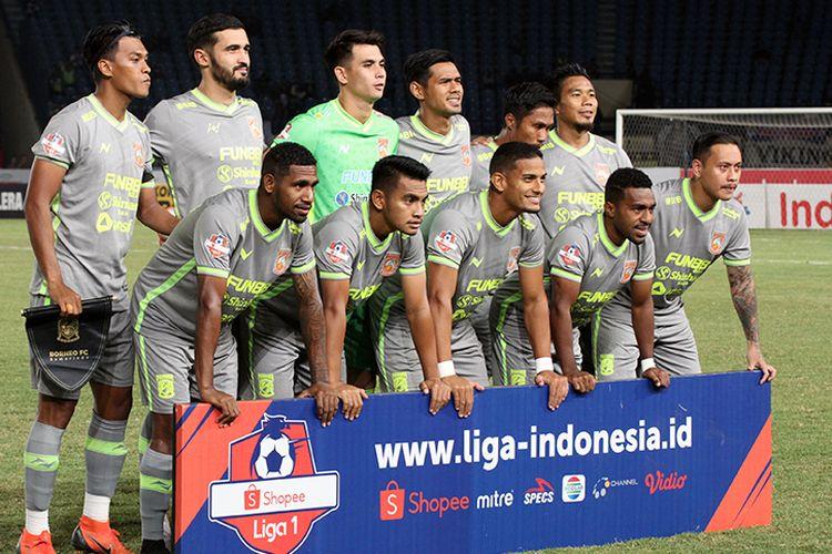 Skuad Borneo FC saat menghadapi Persib Bandung di Stadion Si Jalak Harupat, Kabupaten Bandung, Rabu (14/8/2019). (KOMPAS.com/SEPTIAN NUGRAHA)