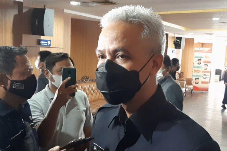 Gubernur Jawa Tengah Ganjar Pranowo usai rapat paripurna di Gedung DPRDJateng, Jumat (28/5/2021)