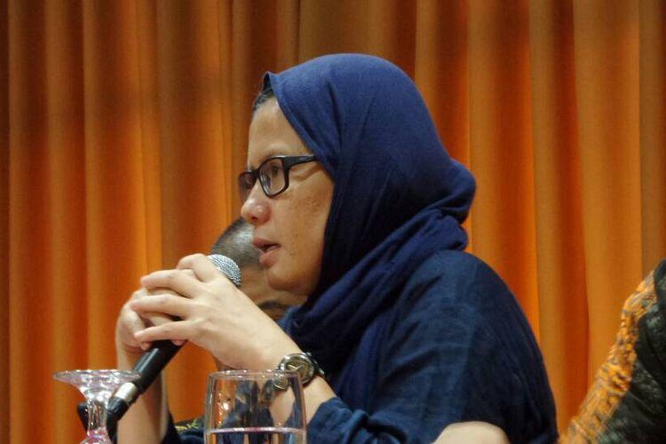 Koordinator KontraS, Yati Andriyani, berbicara dalam diskusi bersama Koalisi Masyarakat Sipil di Menteng, Jakarta Pusat, Rabu (10/5/2017).