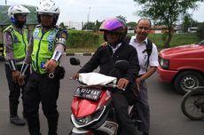 Polisi Jakut Beri Sorotan Jalan Yos Sudarso dan Cacing Cilincing Selama Operasi Zebra