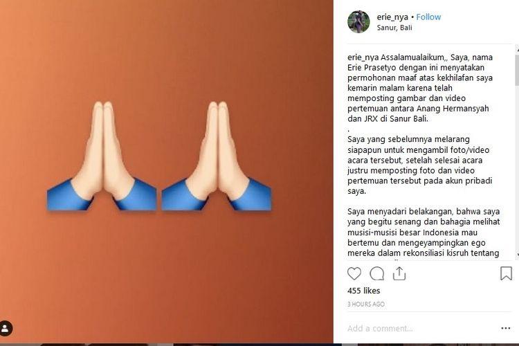 Manajer artis Erie Prasetyo meminta maaf karena telah mengunggah video pertemuan Anang Hermansyah dengan Jerinx SID ke sebuah akun gosip.