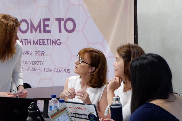 Binus University berkolaborasi dengan Beehive Project yang didirikan Erasmus+ Programme for Capacity Building in Higher Education menggelar Beehive Label Conference yang diselenggarakan di Binus University Kampus Anggrek, Jakarta (10/4/2019).