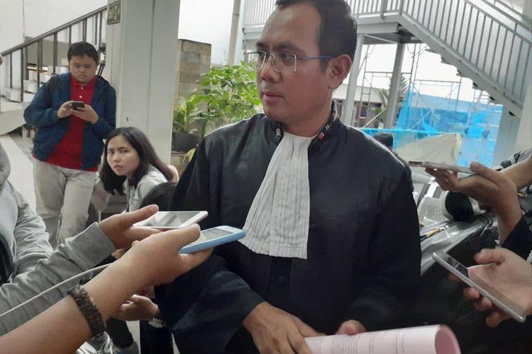 Kuasa hukum Joko Driyono, Mustofa Abidin saat ditemui usai sidang pembacaan tuntutan Jaksa Penuntut Umum di Pengadilan Negeri Jakarta Selatan, Kamis (4/7/2019)