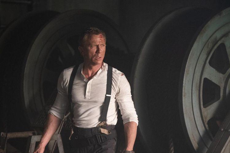 Aktor Daniel Craig dalam film James Bond No Time To Die yang akan diputar pada 8 April 2020 mendatang.