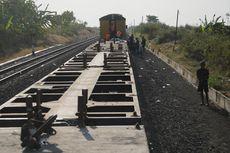 Kereta Api Pengangkut Peti Kemas Jurusan Jakarta Anjlok di Grobogan