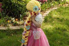Mantan Perawat Ciptakan Rambut Palsu untuk Anak-anak Penderita Kanker