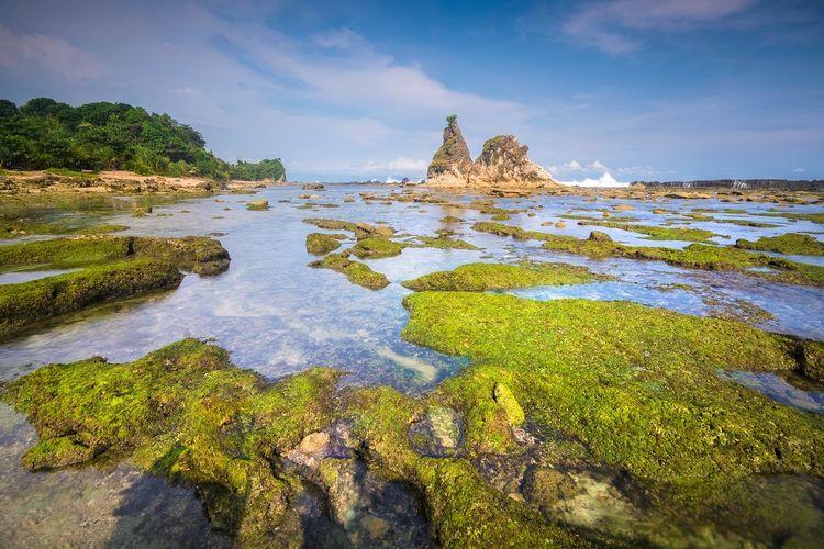 Tanjung Layar, Pantai Sawarna, Lebak, Banten