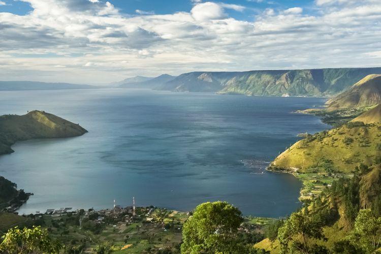 Danau Toba di Sumatera Utara.