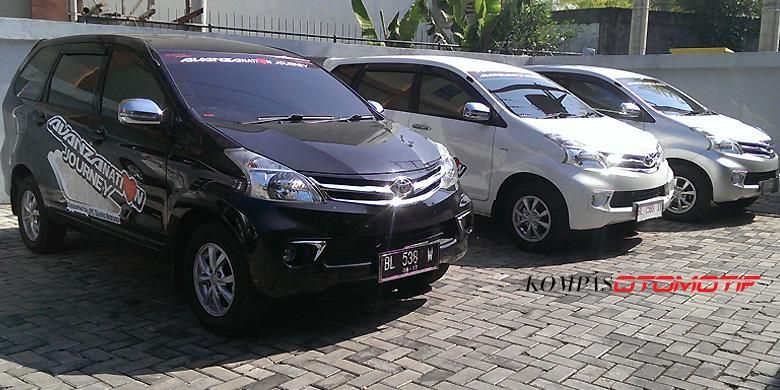 3 unit Toyota Avanza yang siap menyambangi konsumen di Pulau Sumatera