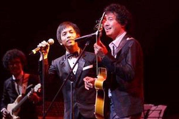 Pemusik Mus Mudjiono menjadi bintang tamu dalam penampilan band d'Masiv pada Jakarta International Java Jazz Festival 2013 di JIExpo Kemayoran, Jakarta Pusat, Sabtu (2/3/2013).