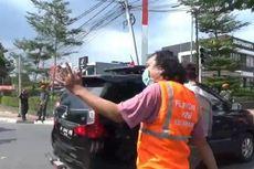 Tak Pakai Masker, Pelanggar Dihukum Atur Lalu Lintas di Cipayung