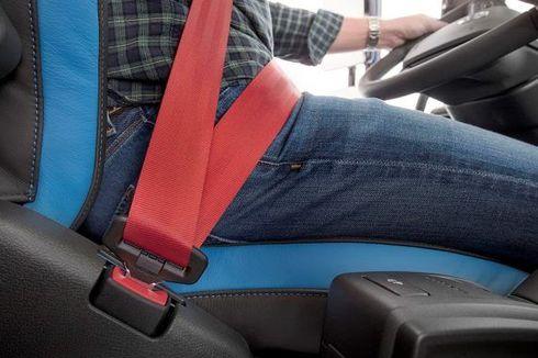 Kebiasaan yang Bisa Merusak Sabuk Pengaman Mobil