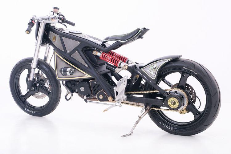 Motor custom Honda Grand dengan konsep Super Cub garapan Wins Paddock