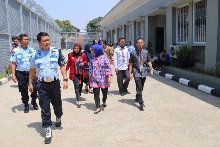 Ombudsman RI melakukan inspeksi mendadak ke sejumlah Lembaga Pemasyarakatan (Lapas) di Kota Bandung pada Kamis (13/9/2018) kemarin.
