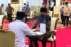 Jokowi: Saya Imbau Pejabat Negara, Daerah hingga Swasta Bayar Zakat
