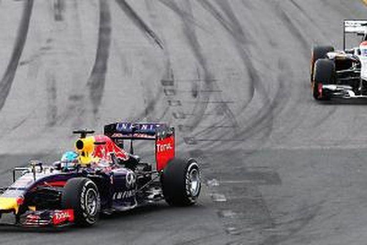 Sebastian Vettel harus terhenti di lap kelima karena mobil tidak bisa melaju kencang