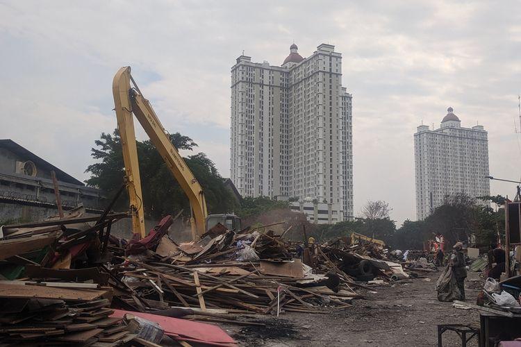 Penggusuran di Jalan Agung Perkasa VIII, Kecamatan Tanjung Priok, Jakarta Utara, Senin (18/11/2019).