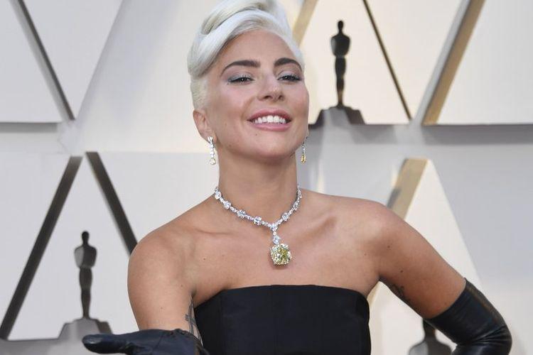 Aktris dan penyanyi Lady Gaga ketika menghadiri malam penganugerahan Grammy, Minggu (24/2/2019) malam waktu setempat.