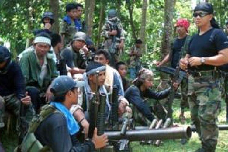 Militan Abu Sayyaf di pulau Jolo, Filipina selatan