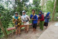 Kisah Perempuan Lansia Pengangkut Batu dan Pasir di Wisata Kalibiru