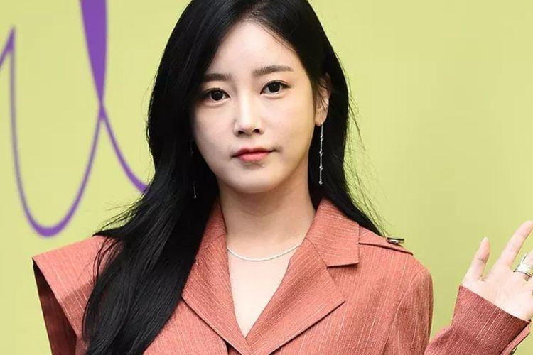 Soyeon eks member T-ara.