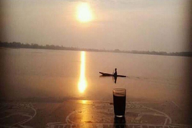 Sunrise di Danau Dendam Tak Sudah, Kota Bengkulu, Minggu (14/10/2018).