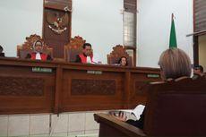 Nikita Mirzani Menangis Bacakan Nota Keberatan di Persidangan