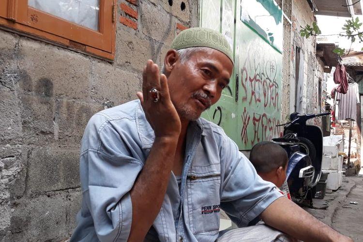 Abdul Rohim, tukang jagal sapi kurban saat ditemui di kediamannya di Cengkareng pada Senin (12/8/2019)