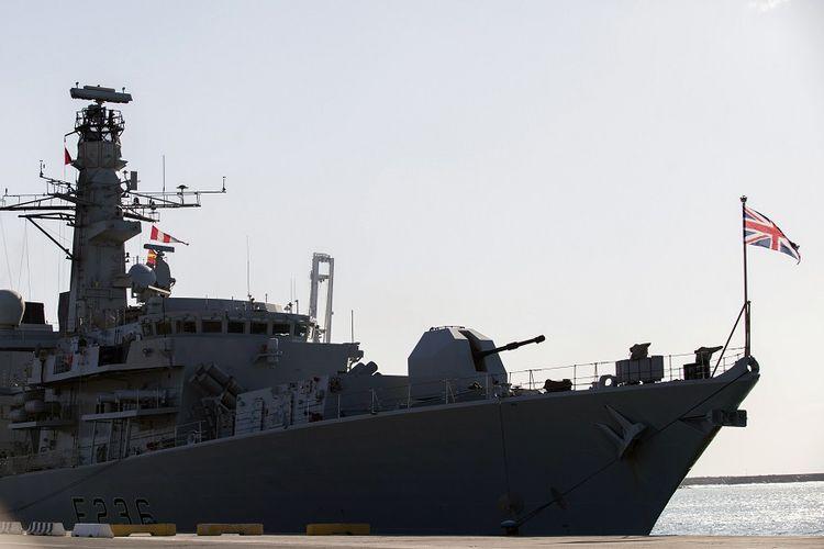 Kapal perang Inggris HMS Montrose.