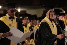 Wisuda 1.262 Pascasarjana, Rektor UGM Ajak Kuatkan Kembali Persatuan