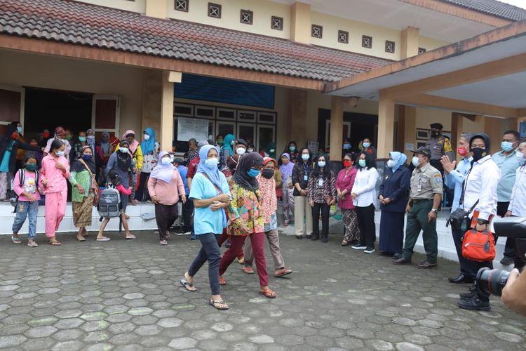 Pengungsi di Purwobinangun pulang ke rumah masing-masingdi Dusun Turgo