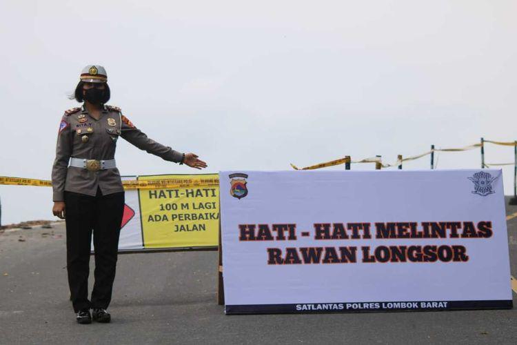 suasana TKP di Jalan raya Senggigi Lombok Barat