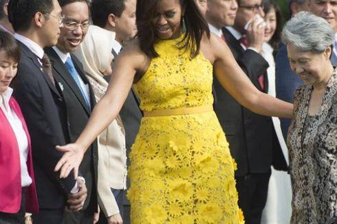 Kunjungi AS, Istri PM Singapura Bawa Dompet Murah Buatan Anak Autis