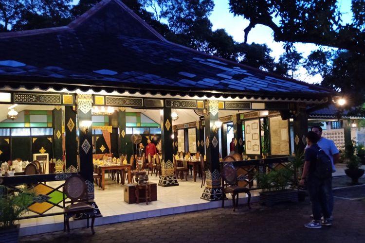 Restoran Bale Raos di kawasan Keraton Kasultanan Yogyakarta, Sabtu (12/3/2018).
