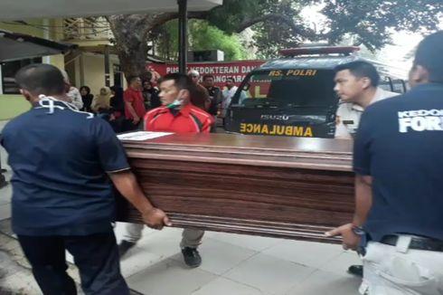 Jenazah WN Singapura yang Hilang di Pulau Sangiang Diserahkan ke Keluarga