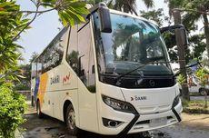 Melihat Lebih Detail Bus Medium Bermesin Belakang Pertama di Indonesia