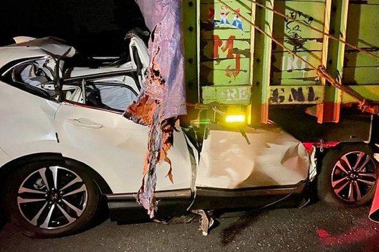Penampakan Honda CRV bernomor polisi L-1225-I yang terlibat kecelakaan dahsyat di Jalan Tol Solo - Semarang Jalur B KM 485.600 Dukuh Jambean, Desa Mojolegi, Kecamatan Teras, Kabupaten Boyolali, Selasa (8/9/2020) malam.